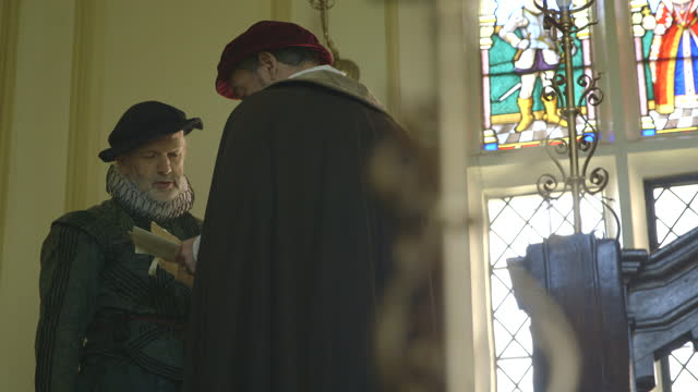 men exchanging scrolls - tudor/elizabethan era reenactment - exchanging stock videos & royalty-free footage