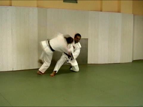 男性向けアンチエイジング: 柔道コンバット - 柔道点の映像素材/bロール