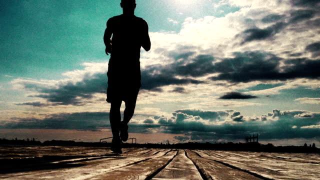 男性のジョギング