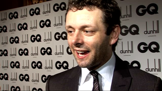 men of the year awards 2009; michael sheen interview sot - nice excuse to be able to dress up / on robert pattinson mania and whether he'll have his... - michael sheen bildbanksvideor och videomaterial från bakom kulisserna