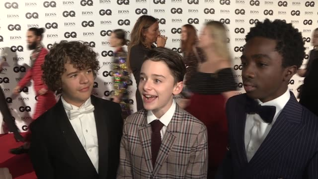 red carpet arrivals and interviews 'stranger things' cast members / stranger things cast interview sot / kurupt fm / gordon ramsay / nick cave and... - gordon ramsay stock videos and b-roll footage