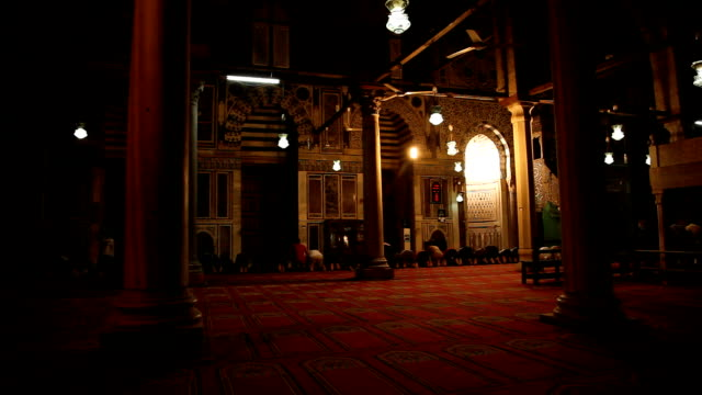 ws men praying inside mosque/ cairo/ egypt - cairo stock videos & royalty-free footage