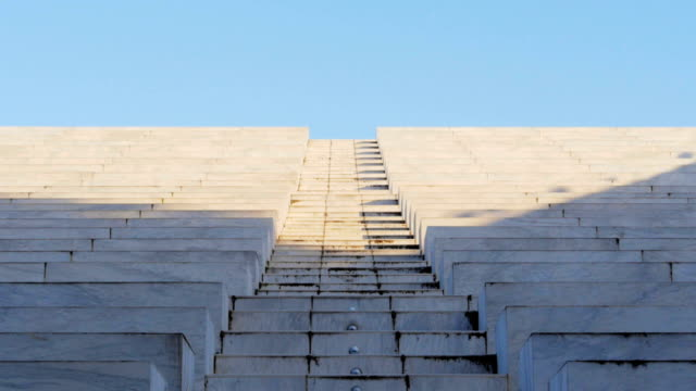 men running up stairs - solo uomini video stock e b–roll