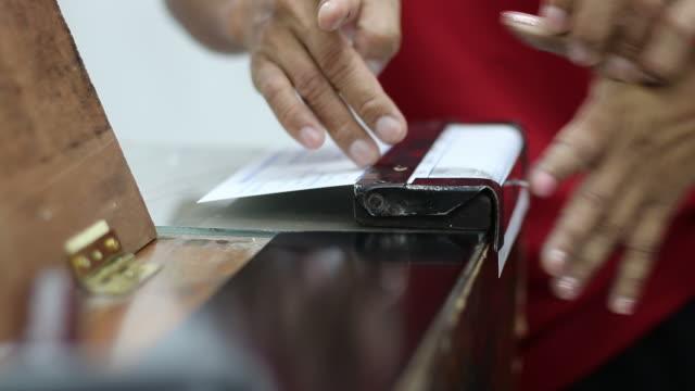 men wear red shirts, finger prints, beautiful nails women. - fingerprint stock videos & royalty-free footage