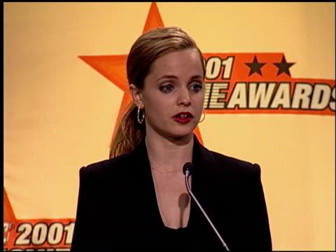 mena suvari at the 2001 mtv movie awards press room at the shrine auditorium in los angeles, california on june 2, 2001. - mena suvari stock videos & royalty-free footage