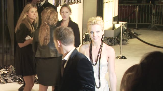 mena suvari at the burberry beverly hills store re-opening at los angeles ca. - beverly hills点の映像素材/bロール