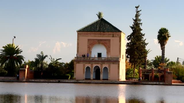 menara gardens in marrakesh, morocco - moroccan culture stock videos & royalty-free footage