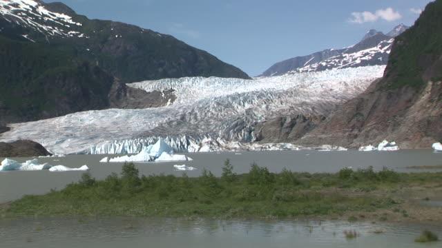 WS, ZI, CU, Mendenhall Glacier and Mendenhall Lake, Tongass National Forest, Alaska, USA