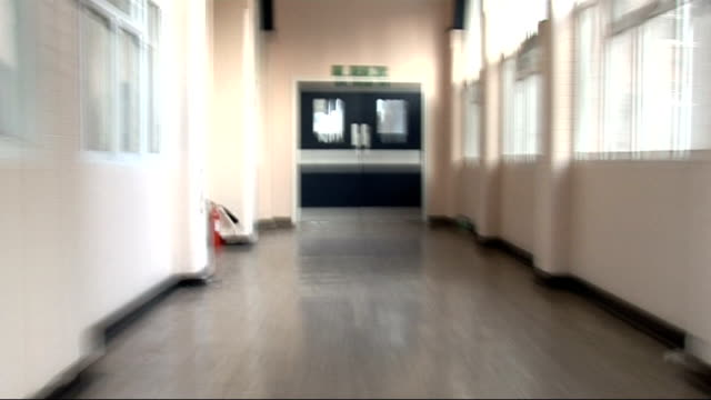 vidéos et rushes de patients with schizophrenia and psychosis let down by failings in care; r18110810 london: graphicised pictures jerky track along corridor in disused... - maladie mentale