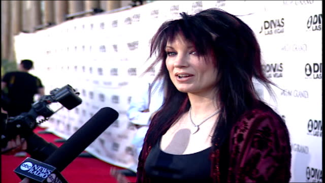 meredith brooks on the red carpet for vh1 divas in las vegas - vh1 divas stock videos and b-roll footage