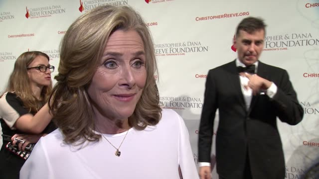 interview meredith vieira discusses why she wanted to attend tonight and the importance of continuing to invest in the research of spinal cord... - christopher and dana reeve foundation stock videos and b-roll footage