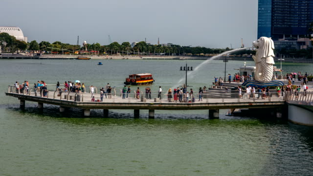 merlion fountain singpore - merlion fictional character stock videos and b-roll footage