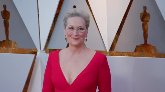 meryl streep at the 90th academy awards arrivals at dolby theatre on march 04 2018 in hollywood california - 90th annual academy awards stock videos & royalty-free footage