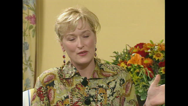 meryl streep believes that audiences are more receptive to films than movie critics - roseanne barr stock videos & royalty-free footage