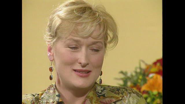 meryl streep on her love of singing - roseanne barr stock videos & royalty-free footage