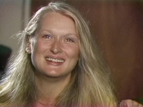 meryl streep talks about costar dustin hoffman around the time that their film kramer vs kramer is opening in 1979. - メリル・ストリープ点の映像素材/bロール