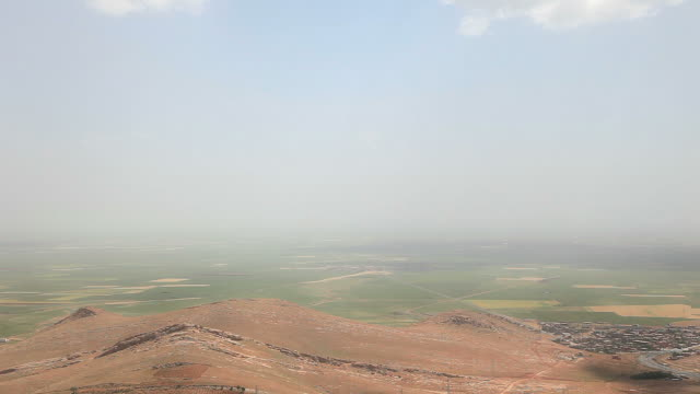 hd: mesopotamia plain - plain stock videos & royalty-free footage