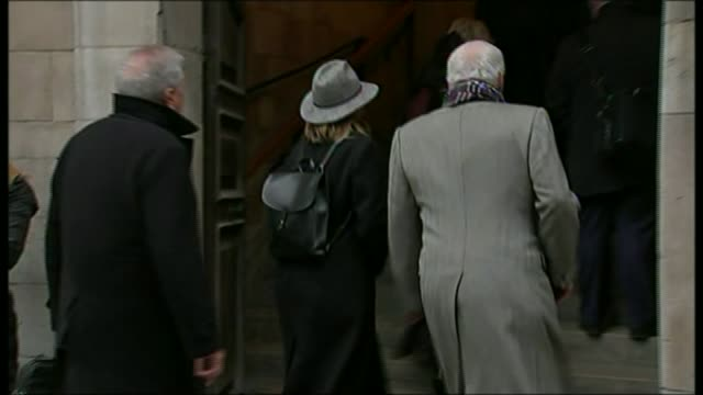 met police chief has his contract renewed for only one year r11021507 / london paul gambaccini along with unidentified woman and entering church... - lynda bellingham stock videos & royalty-free footage
