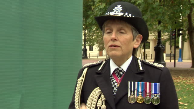 """met police commissioner cressida dick saying she hopes the fatal shooting of sergeant matiu ratana shows people that police are """"human beings"""" - human body part stock videos & royalty-free footage"""