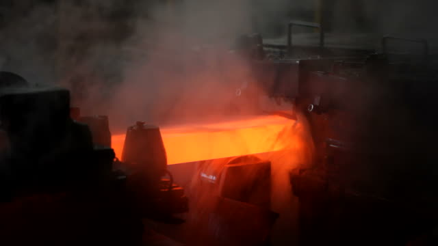 metallindustrie - stange stock-videos und b-roll-filmmaterial