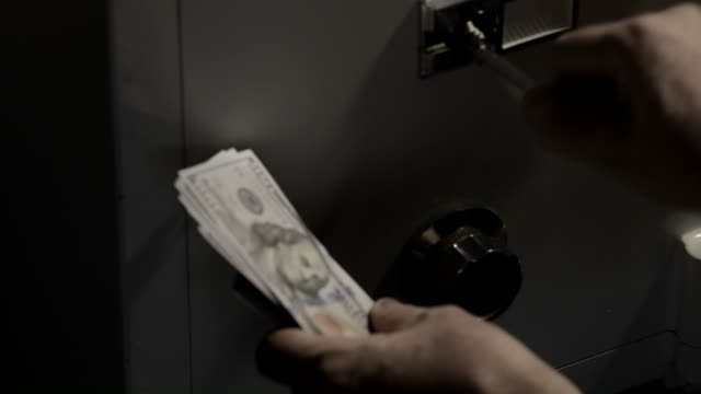 Metal money vault