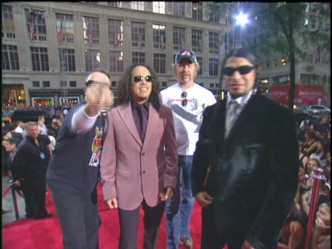 metallica arriving to the 2003 mtv video music awards red carpet. - メタリカ点の映像素材/bロール