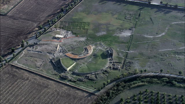 metapontum  - aerial view - apulia, provincia di taranto, castellaneta, italy - old ruin stock videos & royalty-free footage