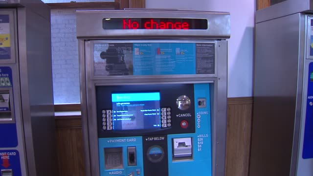metra ventra ticket machine - chicago 'l' stock videos and b-roll footage