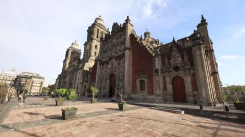 metropolitan cathedral establishing shot - spanish culture stock videos & royalty-free footage