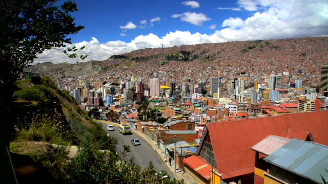 metropolitan la paz suburban dwellings and slums bolivia - la paz region la paz stock-videos und b-roll-filmmaterial