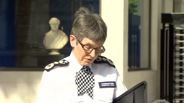 metropolitan police commissioner cressida dick praising the bravery of the emergency services and members of the public after the london bridge... - überfahren stock-videos und b-roll-filmmaterial