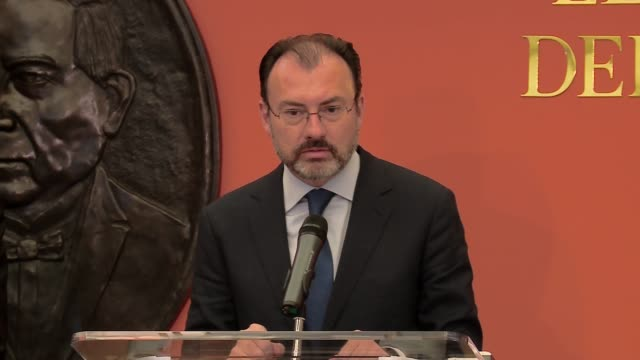 mexican foreign minister luis videgaray caso holds a press conference and responds in english to a question about the border wall planned by us... - mexican american stock videos & royalty-free footage