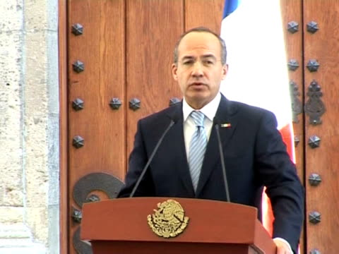 Mexican President Felipe Calderon said on Monday the United States have to assume their part of responsibility in the fight against drug trafficking...