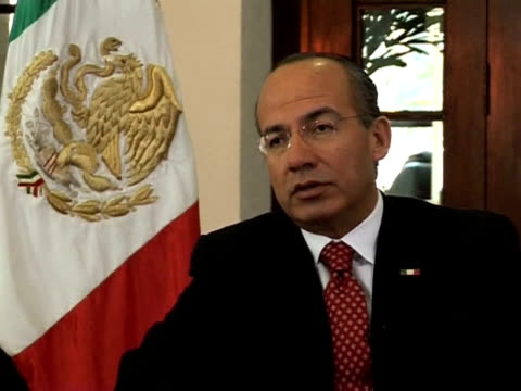 Mexican President Felipe Calderon talks to AFP about the economic crisis and calls on the United States to do something about drug trafficking...