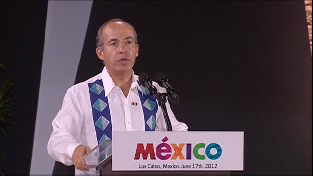 Mexican President Felipe Calderon tells G20 delegates at dinner that business leaders have much to share with the government CLEAN Mexico President...