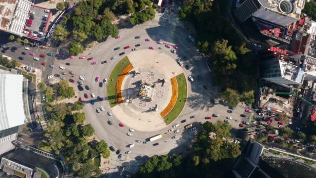 vídeos de stock, filmes e b-roll de vista aérea de cidade do méxico - junção de rua ou estrada