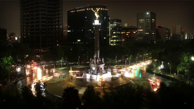 vídeos de stock, filmes e b-roll de cidade do méxico, angel de indepence - monumento da independência paseo de la reforma