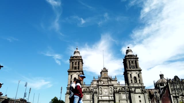 vídeos y material grabado en eventos de stock de lapso de tiempo en la catedral de la ciudad de méxico - plaza
