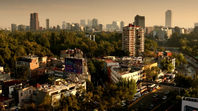 stockvideo's en b-roll-footage met mexico city cityscape - mexico stad