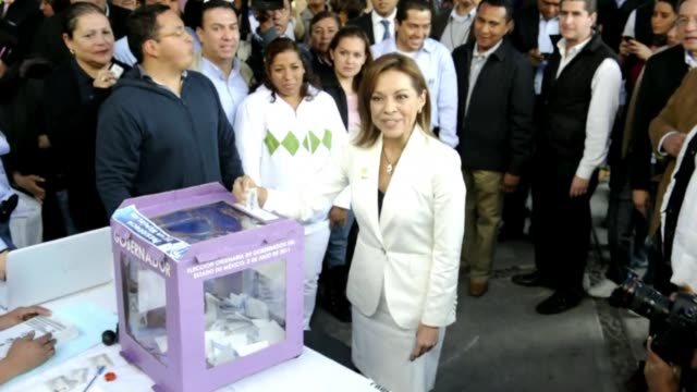 stockvideo's en b-roll-footage met mexico's ruling conservative party chooses josefina vazquez mota a 51yearold economist and former minister as its candidate for presidential... - presidentskandidaat