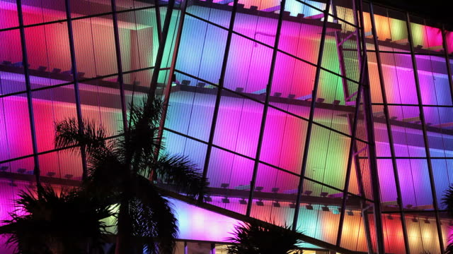 miami beach-licht-show - installationskunst stock-videos und b-roll-filmmaterial