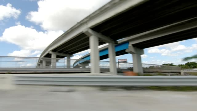 miami highway ii synced series right view driving process plate - passenger point of view stock videos & royalty-free footage
