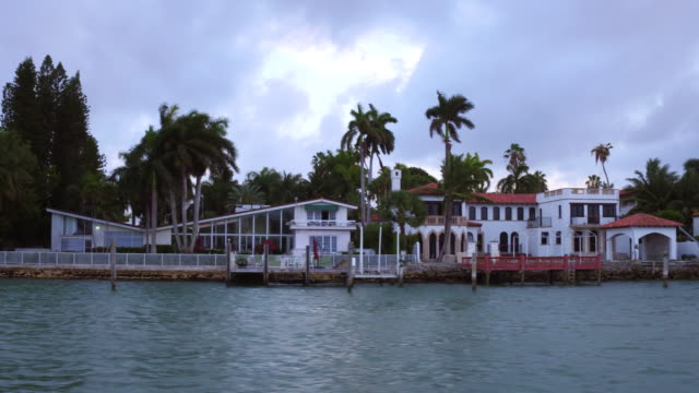 miami, united states: 'star island', sightseeing the houses of the rich and famous - biscayne bay stock videos and b-roll footage