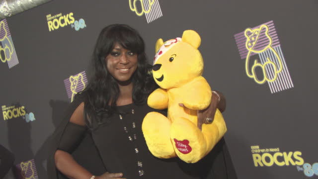 vidéos et rushes de mica paris at bbc children in need rocks the 80s at sse arena on october 19, 2017 in london, england. - bbc children in need