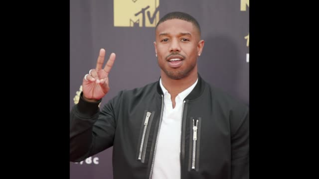michael b jordan at the 2018 mtv movie tv awards arrivals - mtv点の映像素材/bロール