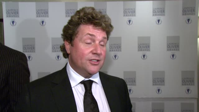 michael ball on how he asked to be in hairspray as he knew from the start the he had to do it at the the laurence olivier awards at the grosvenor... - michael ball bildbanksvideor och videomaterial från bakom kulisserna
