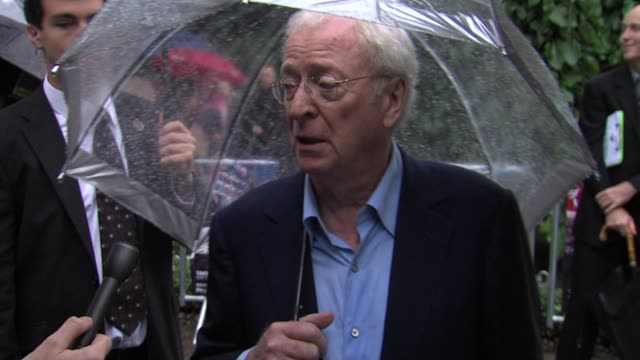 michael caine on the new batman film at the cars 2 uk premiere at london england. - 俳優 マイケル・ケイン点の映像素材/bロール