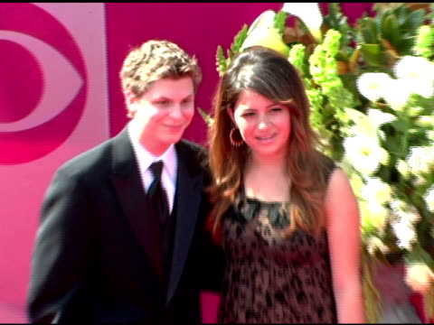 stockvideo's en b-roll-footage met michael cerra and alia shawkat at the 2005 emmy awards at the shrine auditorium in los angeles california on september 18 2005 - 2005