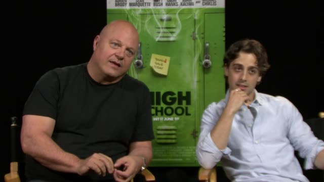 michael chiklis and matt bush on shooting on location in detroit at the 'high school' los angeles press junket interview: michael chiklis and matt... - michael chiklis stock videos & royalty-free footage