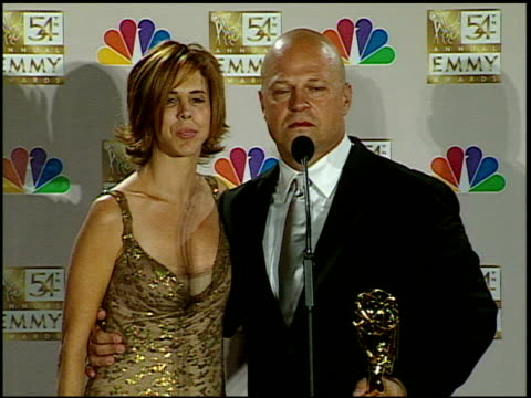 michael chiklis at the 2002 emmy awards press room at the shrine auditorium in los angeles, california on september 22, 2002. - michael chiklis stock videos & royalty-free footage